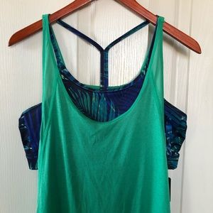 NWT Champion tank top with bra size XL